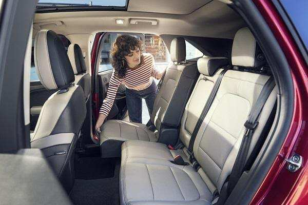 Hệ thống ghế ngồi Ford Escape 2021