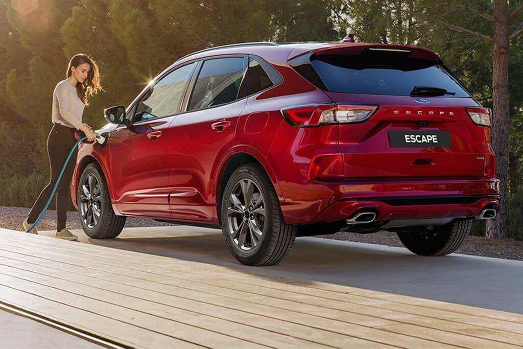 Ford Escape 2021 có dung tích khoang hành lý lớn