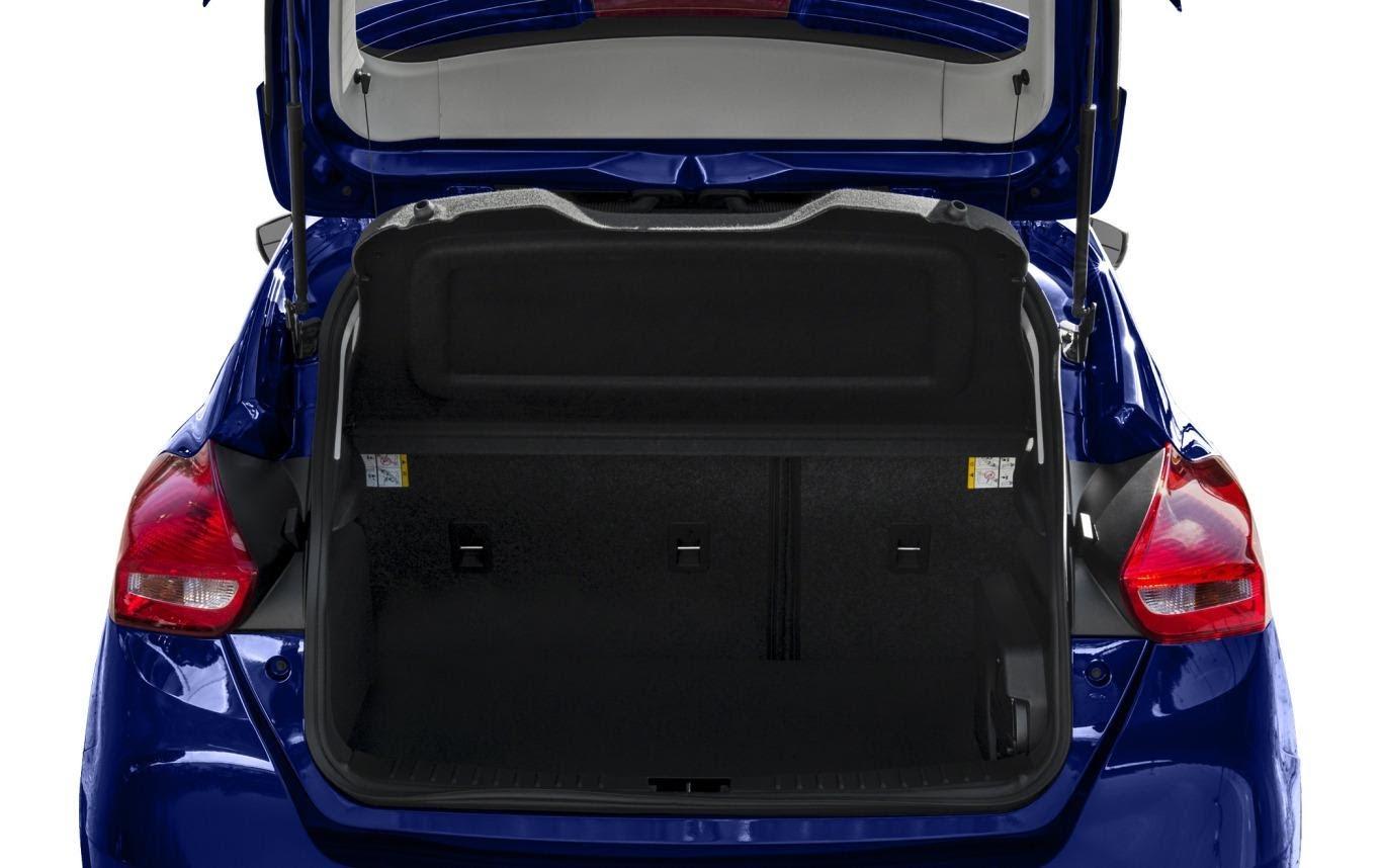 Dung tích khoang hành lý Ford Focus 2021 đủ dùng
