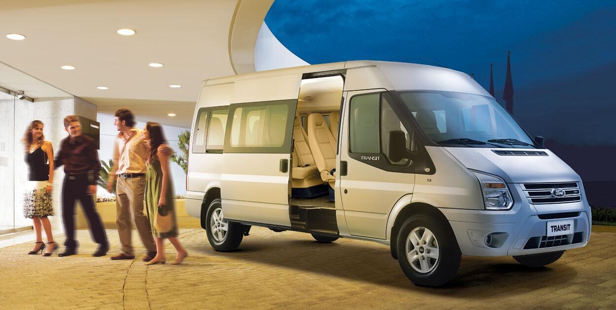 Chiếc xe du lịch 16 chỗ quen thuộc tại Việt Nam Ford Transit