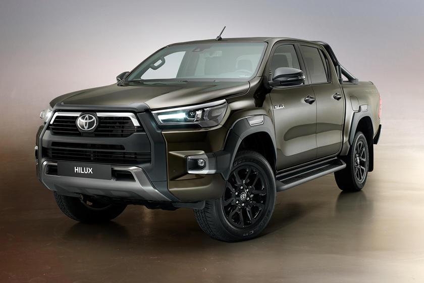 Đầu xe Toyota Hilux 2021 giống Toyota Tacoma