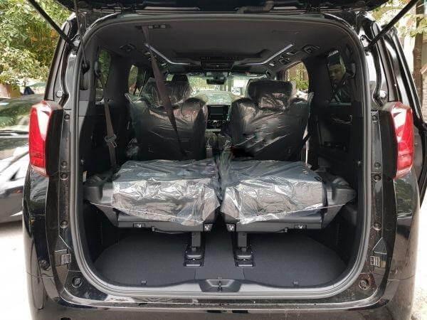 Diện tích khoang hành lý của Toyota Alphard 2021