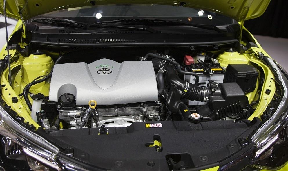 Toyota Yaris 2021 sử dụng động cơ xăng vận hành linh hoạt