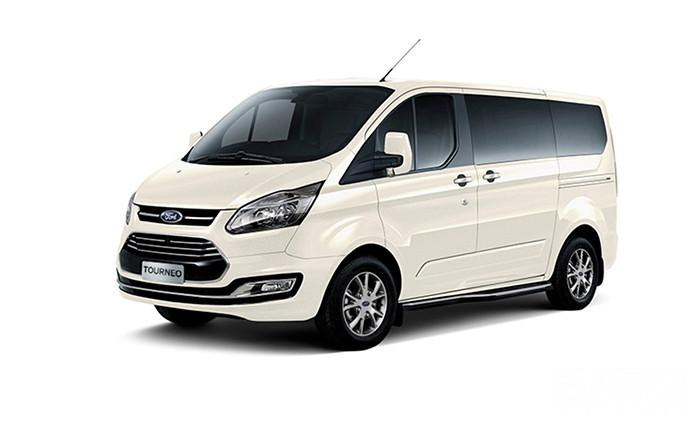 Ford Tourneo màu Trắng Kim Cương