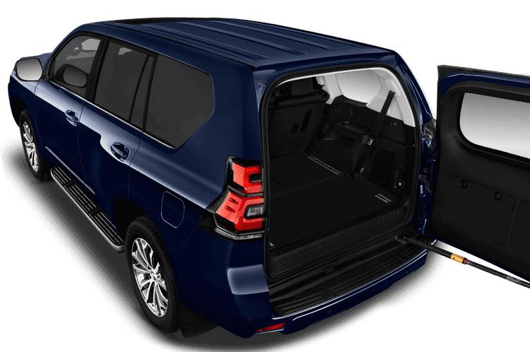 Toyota Land Cruiser 2021 có dung tích khoang hành lý lớn