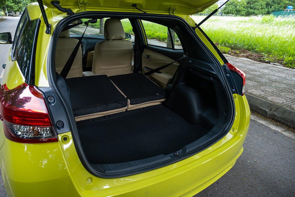 Dung tích khoang hành lý Toyota Yaris 2021 rộng rãi