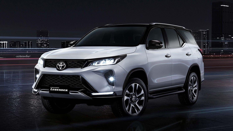 Toyota Fortuner 2021 tạo hình thân xe tương tự bản tiền nhiệm
