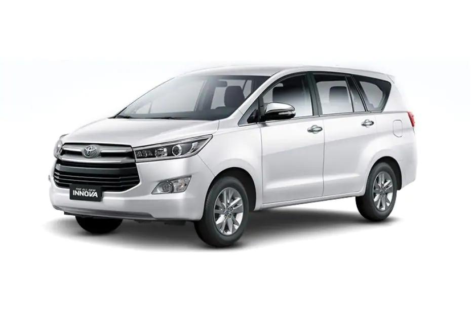 Toyota Innova 2021 màu trắng