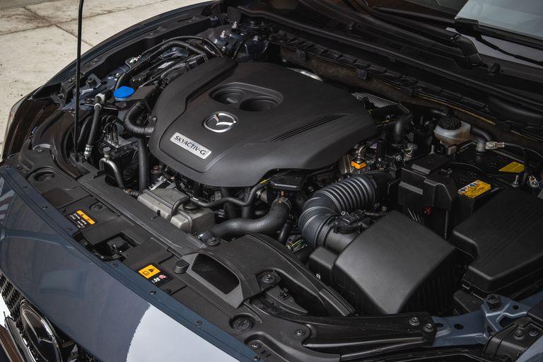 Đánh giá xe Mazda 6 2021 về động cơ