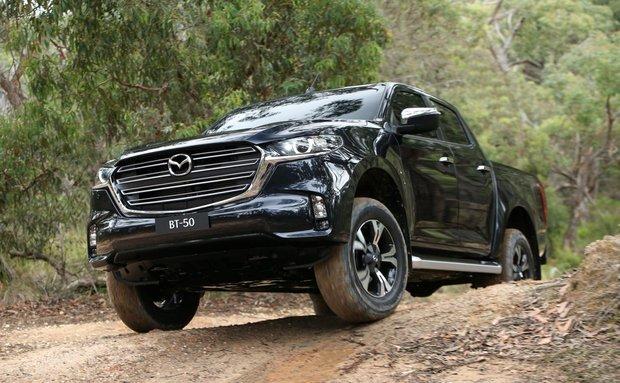 Bảng giá Mazda BT 50 2021