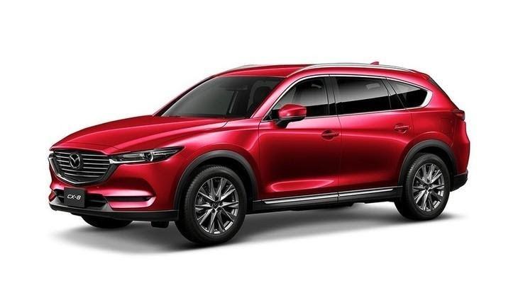 Mazda CX-8 2021 màu đỏ pha lê.