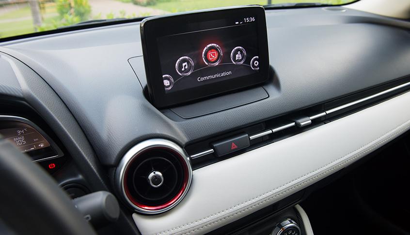Mazda 2 2021 được đánh giá khá cao về trang bị tiện nghi
