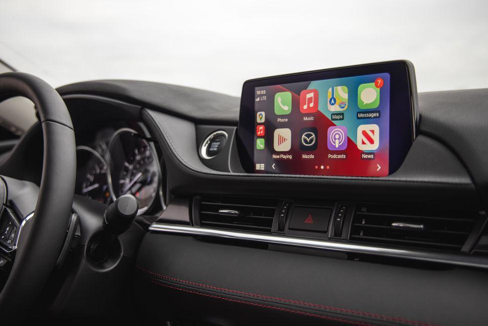 Đánh giá xe Mazda 6 2021 về tiện nghi