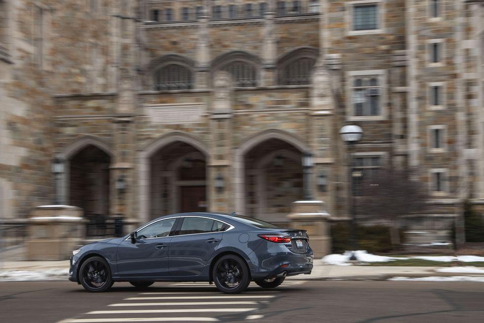 Đánh giá xe Mazda 6 2021 về mức tiêu hao nhiên liệu